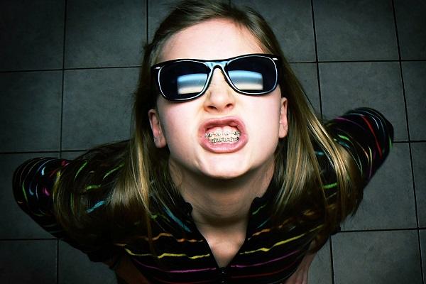口臭がキツイ人の胃は相当やばいという9つの真実
