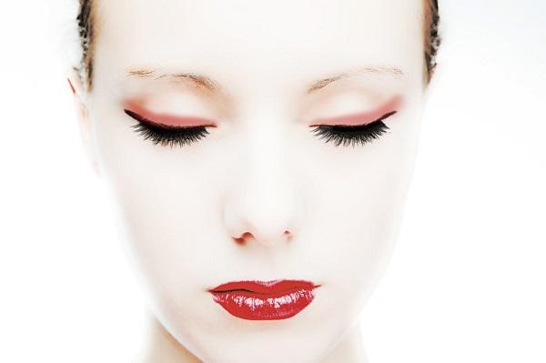 寝起きの口臭と劇的に減らす9つの方法