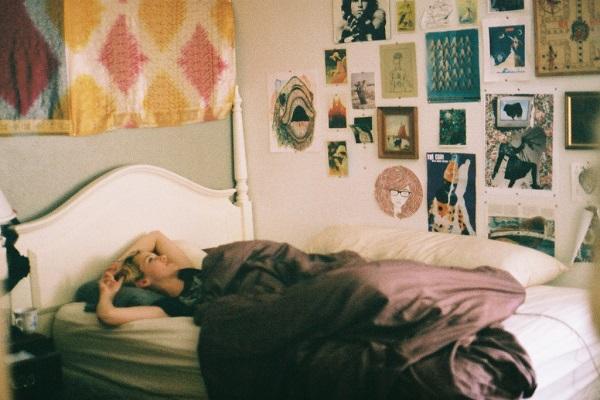 寝起きで自分の口臭に愕然とした人に行って欲しい9つの対処法