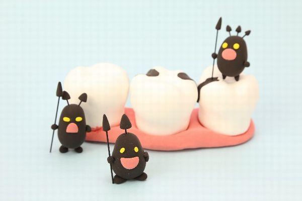 虫歯が口臭の原因、さらに大病も引き起こした7つの実例