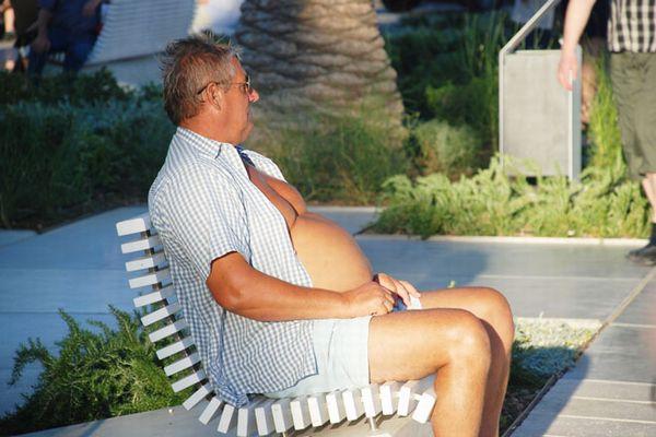醜いお腹の脂肪が人生を台無しにする9つの理由