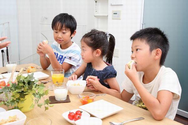 子供の背を伸ばす為に 朝食に取り入れたい9つの食材