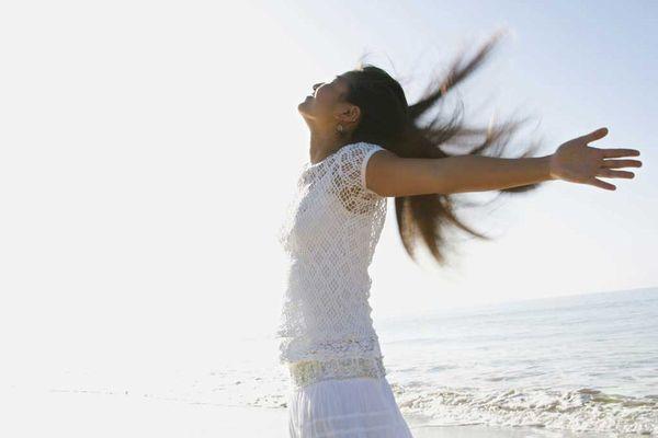 息が臭い原因とは? 正しい知識で病気予防し健康を守ろう!