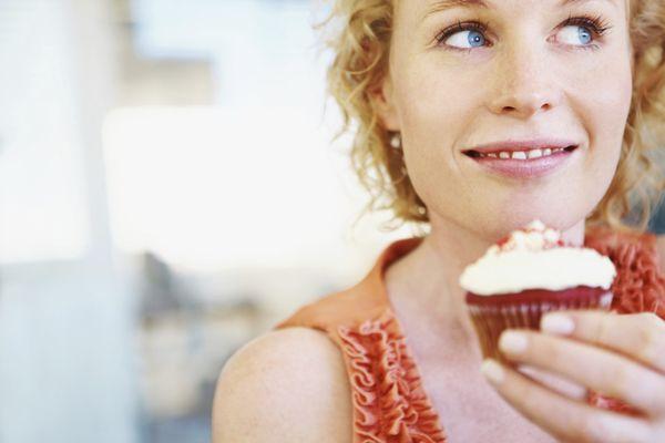 ニキビが治らない人達がよく食べる、 お肌に悪い7つの食べ物