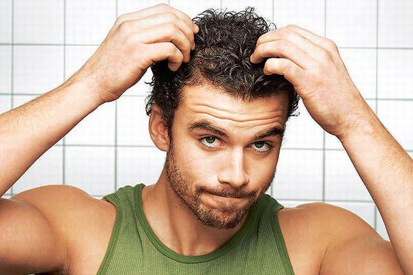 頭皮を保湿して、ハゲの進行を食い止める9つの方法