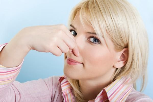 鼻のニキビがヤバいと 私が原因を突き止める為に行った7つの事