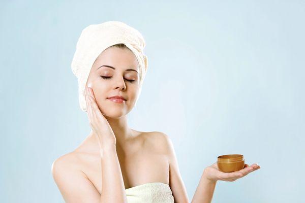 赤ニキビができにくい、 つるつるお肌をキープする方法とは