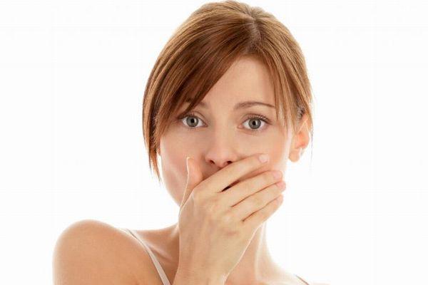 この匂いなら病気かも? 危険な口臭・7つの種類