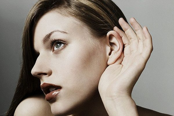 耳垢が臭いは危険信号?これ以上体臭を悪化させない対策