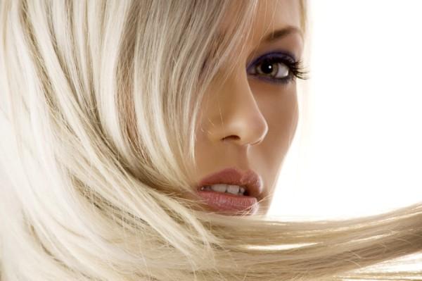 女性の抜け毛を正しくケアする為に知っておくべき知識とは?