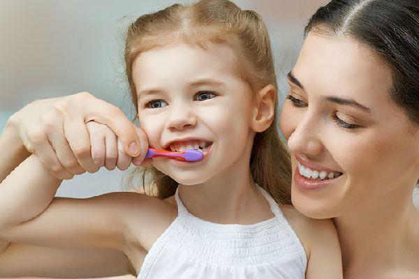 子供の口臭を何気なく注意して、健やかに育てる方法