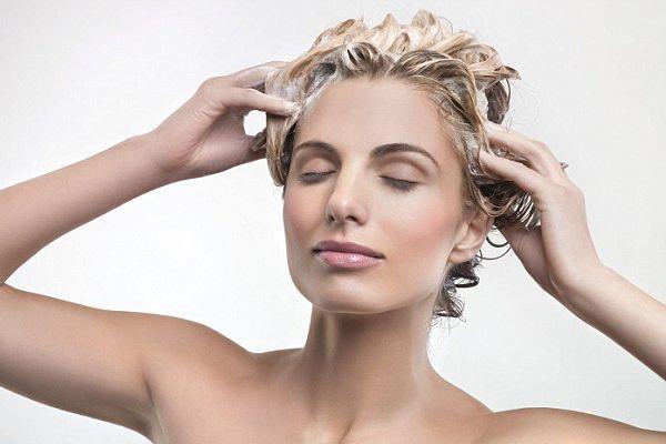 若はげの原因を理解して、健やかな頭髪を育てる5つの秘訣