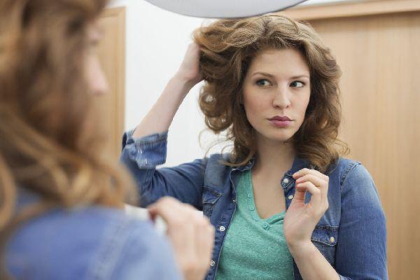頭皮の乾燥を防いで、残った髪を有効活用する5つの方法