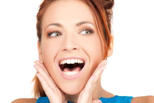 育毛剤を女性が活用して、イキイキ髪で自信を復活する方法