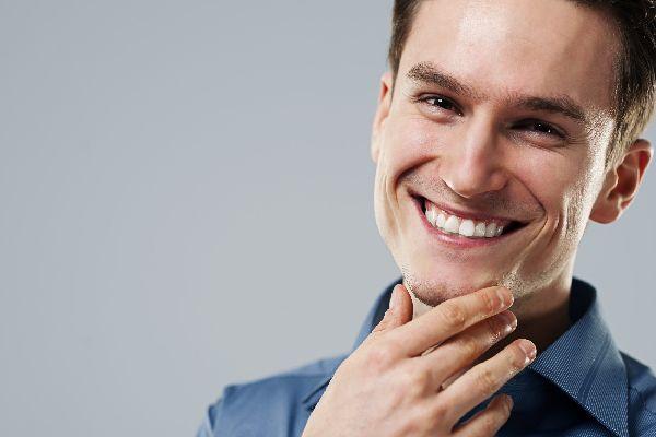 若はげの意外な原因を知って、豊かな毛髪を取り戻す対処術