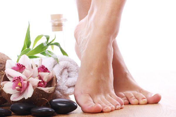 足の臭いを原因から突き止めて、2週間で撃退する方法