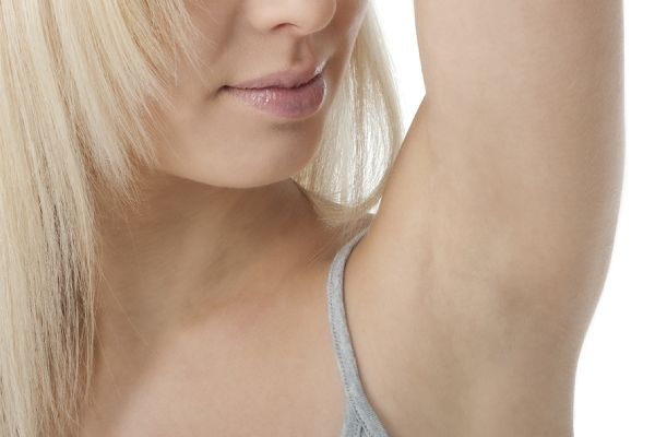 脇汗の原因をよく理解して長年の悩みを楽に解決する方法
