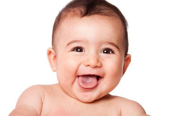 赤ちゃんの健康状態を口臭の種類から見極める方法