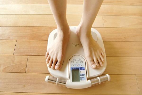 男性の平均体重を知って健康体型を手に入れる5つの計画術