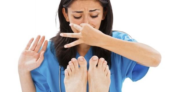 足が臭いと思ったら今すぐ行って欲しい、足の防臭策