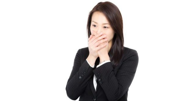 口が臭い原因を見つけて早くなおす5つの秘訣