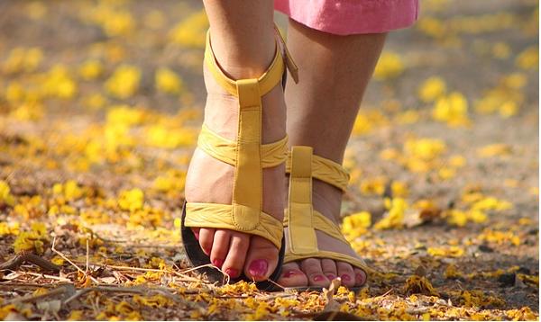 足の臭いを撃退する手軽な5つのテクニック