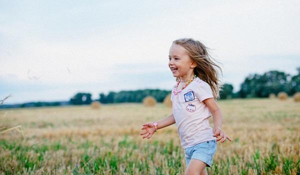 子供の口臭がキツイのは何故?その原因と対処法