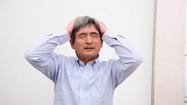 頭皮の湿疹はなぜ起こるの?そのメカニズムと対処方法