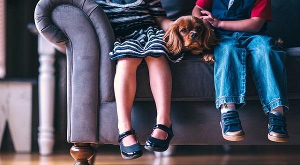 子供の足が臭い原因は何?親が気を付けるべき3つのこと