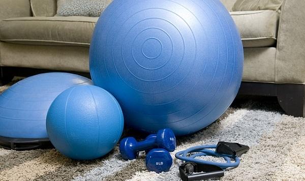 胸を大きくするには胸筋を鍛えよう!効果的な筋トレ3選