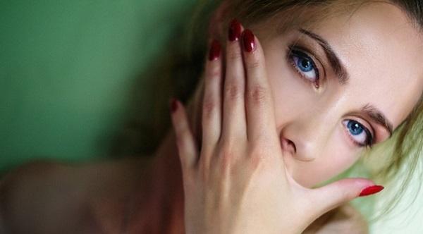 気になる肌荒れの原因と確実に治す5つの対処法