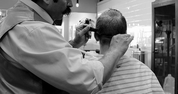 薄毛の原因を取り除く3つの正しい洗髪法