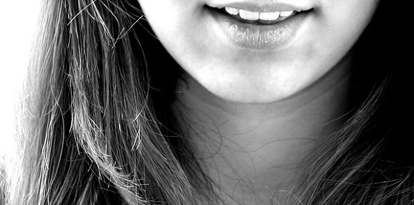 目立つ顎ニキビの対処法!1週間で肌をキレイに出来るワザ