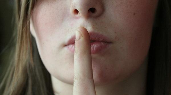 沈黙は怖くない!話が続かない人が見習いたい5つの事