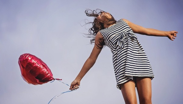 自己肯定感と幸福度は比例する!毎日を楽しく生きるヒント