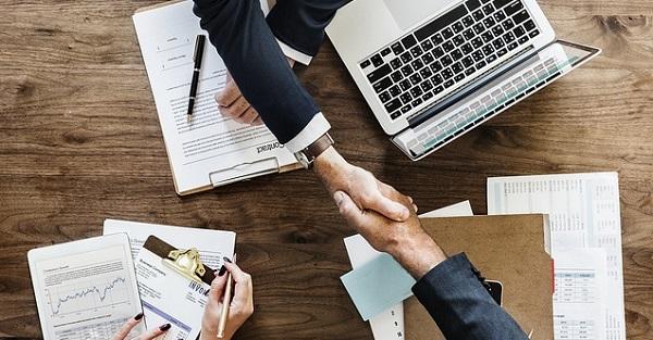 初対面での印象が大事!ビジネス会話が上達する5つの秘訣